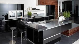 cuisine ouverte moderne cuisine ouverte ou ferme cuisine idee amenagement cuisine ouverte