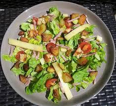 cuisiner la salade verte recette de salade verte au jambon et conté