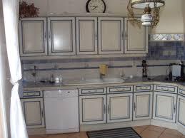 cuisine ancienne repeinte modele de cuisine en chene repeinte idée de modèle de cuisine
