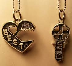 best friends puzzle necklace images Top 9 amazing best friend lockets design ideas jpg