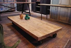 Table De Salon Industrielle by Table Basse Industrielle Par Le Marchand D U0027oublis