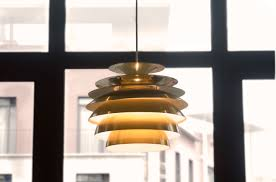 replace a ceiling light fixture
