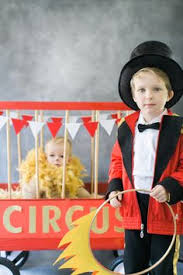 Halloween Costumes Circus Theme Diy Halloween Costume Circus Lion Lion Photography Diy