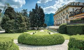 gardens luxury hotels lake como villa d u0027este