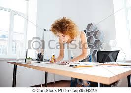 bureau photographe femme bouclé bureau photographe cheveux fonctionnement