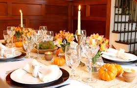 home for thanksgiving creating a fall tablescape pearls to a picnic