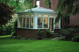 How To Make A Backyard Movie Screen by 75 Awesome Sunroom Design Ideas Digsdigs