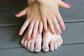 non toxic nail polish for kids and moms savvy sassy moms