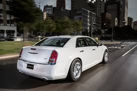 2013 chrysler 300 preview j d power cars