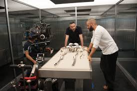 alex garland makes directorial debut with u0027ex machina u0027 front row