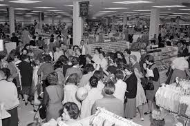 black friday the best deals are nearly impossible to get can america u0027s department stores survive
