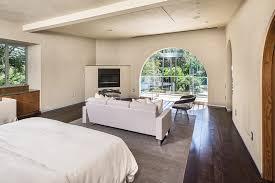 Hardwood Floors In Bedroom 280 Master Bedroom With Hardwood Floors For 2018