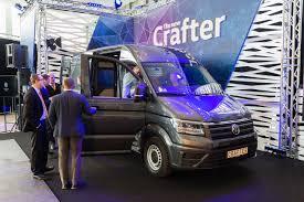 volkswagen purple naujasis volkswagen crafter mėgins pakeisti jėgų balansą rinkoje