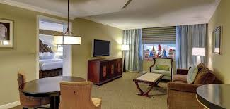 Two Bedroom Hotel Suites In Chicago Bedroom Stylish Pretty Ideas Hotels With Two Suites Vegas Remodel