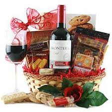 Wine And Cheese Basket The 25 Best Wine Gift Baskets Ideas On Pinterest Wine Gifts