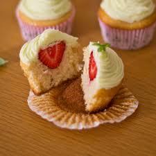 blogue de cuisine cupcakes à la fraise cuisine blogue pratico pratique