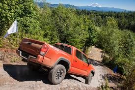 toyota makes 2016 toyota tacoma makes off roading u0027more civilized u0027