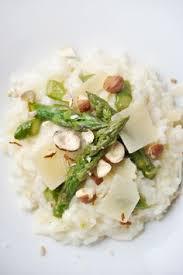 cuisiner asperge verte risotto aux asperges vertes recette facile risotto asperges