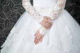 cleaning wedding dress martinizing cleaning layton wedding gown cleaning and more