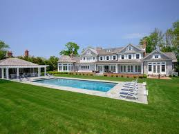 the best hamptons summer rentals at every price point hamptons