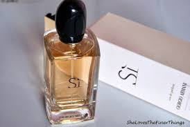 perfume review perfume review giorgio armani sì she the finer things