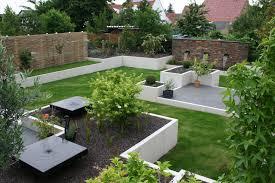 Gartengestaltung Mit Steinen Im Garten Daheim Stein
