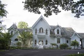 Gothic Revival Homes by 10 Gothic Homes Worthy Of An Addams Family