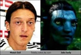 Ozil Meme - mesut ozil joins arsenal and sparks a flurry of look alike memes