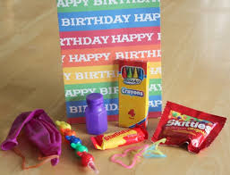 Rainbow Themed Birthday Favors by Rainbow Birthday Ideas Make And Takes