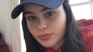 barbie ferreira model barbie ferreira posted a photo of the stretch marks on her
