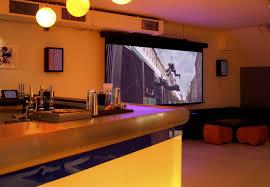 F115 Wall Mount Seymour Av Retractable Center Stage Screens
