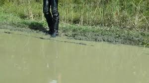 dingo motorcycle boots muddy leather pants and dingo harness boots youtube