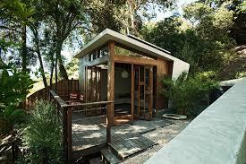 5 wonderful backyard retreats