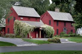 white farmhouse exterior paint color benjamin moore simply white