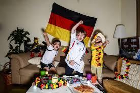 deutschland dein zwölfter mann ein blick in fan wohnzimmer