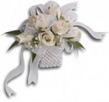 Wrist Corsages For Prom Corsages And Boutonnieres Corsage Flowers Prom Orchid Corsages