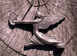goddess of speed ready for flight tree stump packard