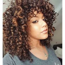 getting hair curled and color best 25 curly highlights ideas on pinterest curly balayage hair