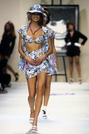 chanel spring 1994 ready to wear collection photos vogue