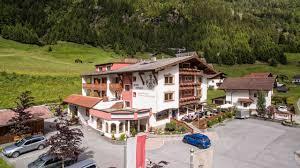 Schreibtisch St Le Hotel Alpenhof In St Leonhard Im Pitztal U2022 Holidaycheck Tirol