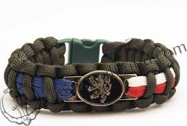 paracord bracelet buckle with whistle images Paracord survival bracelets jpg
