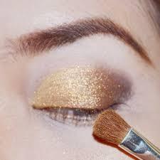 Warna Eyeshadow Wardah Yang Bagus esy tutorial classic golden brown eye make up