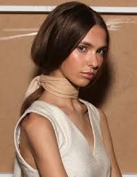 Frisuren Lange Haare Hochgesteckt by 5 Schnelle Frisuren Für Lange Haare