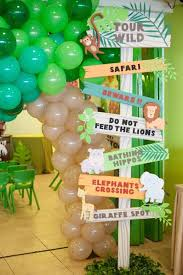 theme decorating ideas best 25 safari decorations ideas on jungle party