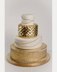 edible gliter sparkle on with edible glitter for your wedding reception mon