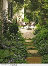 Italian Garden Ideas Best 25 Italian Garden Ideas On Pinterest Italian Patio Lemon