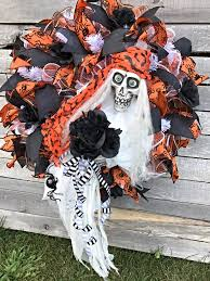 Halloween Wreath Ideas Front Door Halloween Wreath Halloween Skeleton Wreath For Front Door