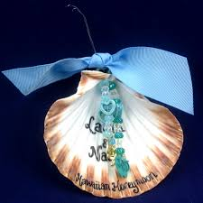 summertime is for shell crafts and shell ornaments