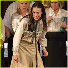 miranda sings u0026 netflix debut first u0027haters back off u0027 pics