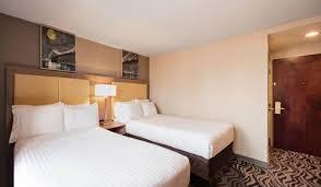 Comfort Inn In Brooklyn Holiday Inn Express Brooklyn Brooklyn Ny United States Overview
